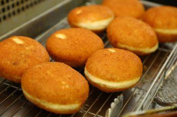 新潟下町の名物パン、今では新津で味わえます
