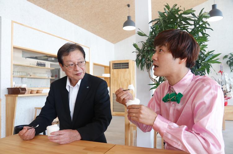 田中市長と二人で仲よくいただきました!