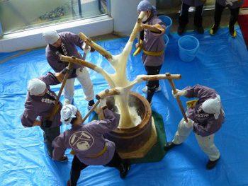 【小千谷市】小千谷の伝統行事! 『東山五人杵搗き餅』 餅食べ放題だよ