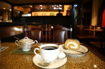 上大川前通りの老舗コーヒー専門店で、情熱のこもった一杯を   新潟市中央区