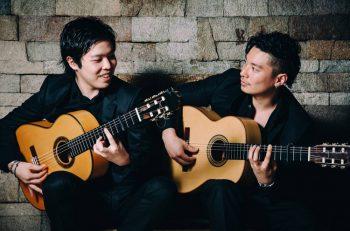 新潟が生んだスーパーギターデュオ・徳永兄弟のコンサートを開催!