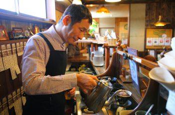 プロが挽き、プロが淹れる最高のコーヒーを味わう |柏崎市