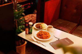 「昭和」な純喫茶、燕のロンドンで王道のナポリタンを