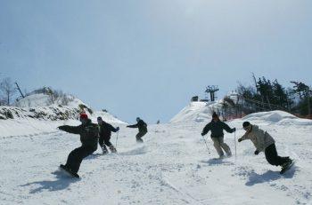 【冬のおでかけ・スキー場】新潟市内からアクセス抜群の4スキー場
