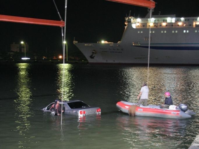 「車を海へダイブさせる」ということ自体、当時の新潟ロケでは初!!