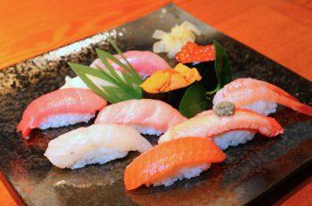 漁港直送!佐渡産のネタを使った鮮度の高い鮨店。万代に開店 |新潟市万代