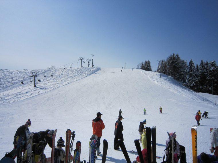 親子で楽しく滑られるスキー場です!