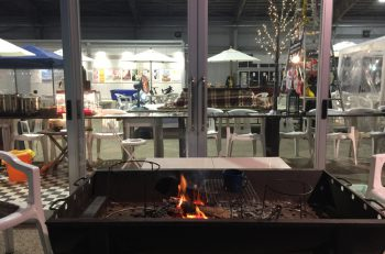萬代橋サンセットカフェがで万代島多目的広場内に期間限定オープン!