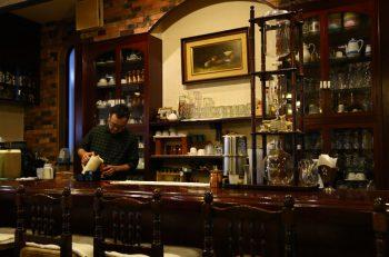 開業から絶えずお客で〝満ちる〞喫茶店 |長岡市大手通