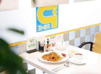 のんびりムードの喫茶店で想定外の激辛カレーに出会った!|新潟市役所前