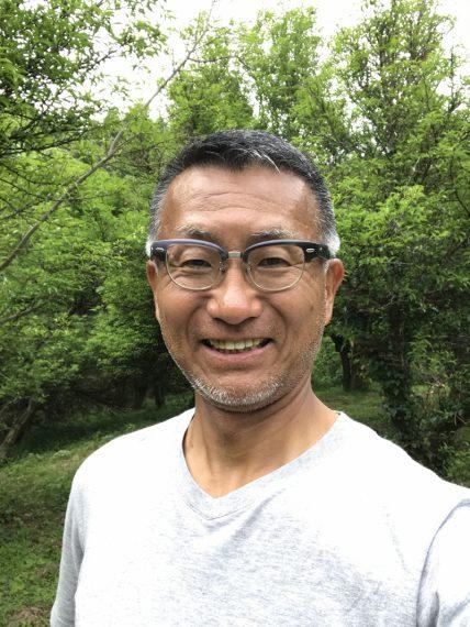 地域おこし協力隊 片野尾地区担当の高杉正哉さん。神奈川 県出身。平成29年に協 力隊として佐渡に移住。 地域で宿経営を構想中!