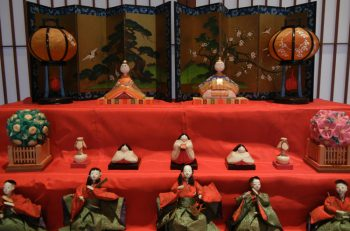 江戸時代後期~昭和のひな人形とからくり人形を展示 新潟市中央区