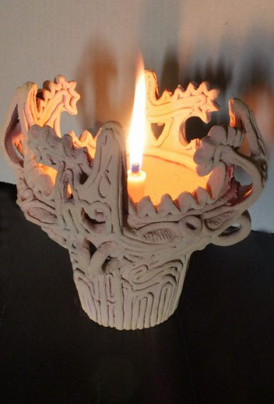 リアルな火焔型縄文土器