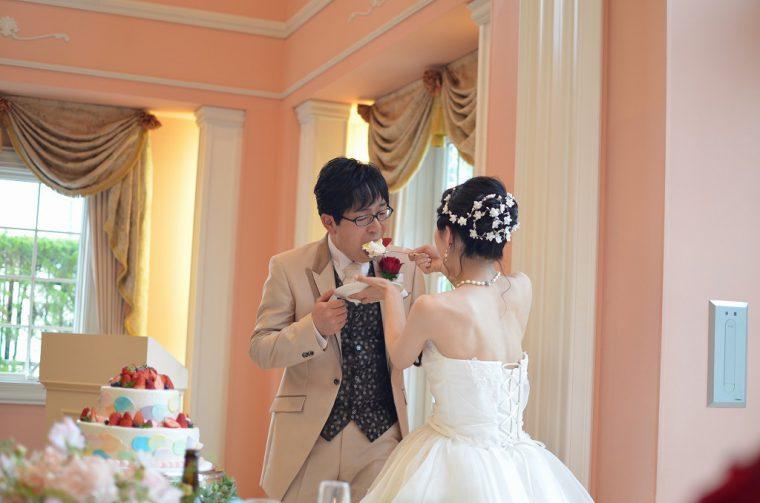 結婚式でのワンシーン。ホント、幸せそうですよね!