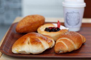 100種以上のバラエティに富んだパンで幸せを届ける|新潟市秋葉区