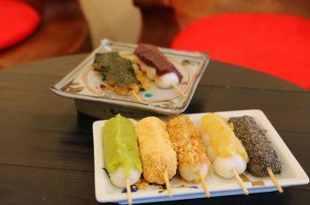 月岡温泉街で食べられる、贅沢な串だんご|新発田市