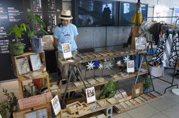 ツバメルシェでクリエイターたちが自慢のハンドメイド品を販売|燕市