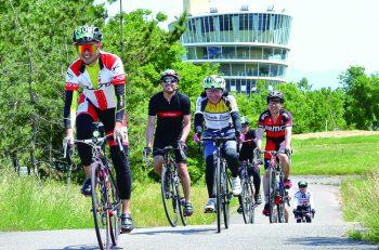 コースは120km、70km、33kmの3種類。自転車で新潟市内を巡ろう!
