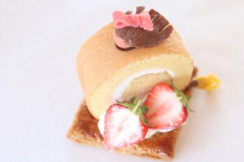【ラ・プランタン】魔女の宅急便をイメージしたキュートなケーキ【ロールケーキパラダイス2019参加店】
