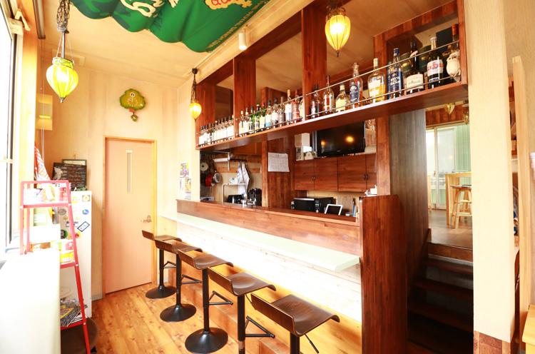 Cafe ho.cca店内ではMITSUKE Local Breweryのビールが味わえる