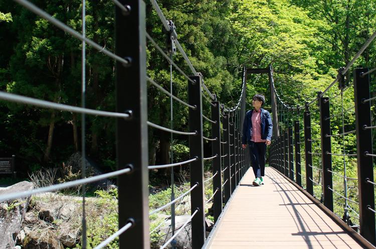 つり橋が揺れてちょっぴり怖いですねぇ