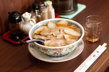 80年以上愛される老舗のチャーシューメン|栃尾