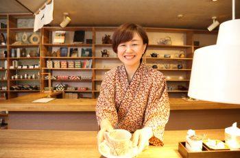 お宿の味とおもてなしを気軽に。弥彦駅前のすてきカフェ