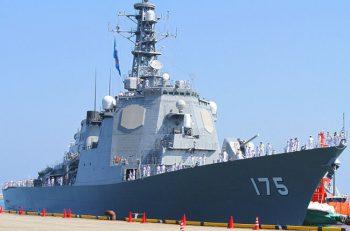 最前線で活躍する海上自衛隊の護衛艦「みょうこう」が新潟東港に!