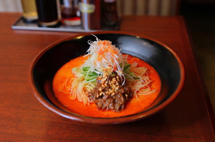 『冷やし担々麺』(842円)