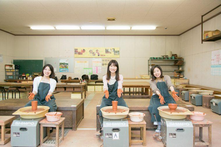 PR推進室のメンバー。左から髙野さん、坂井さん、老松さん