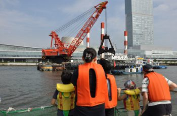 申込締切間近! 港湾業務艇「あさひ」に乗って新潟西港を見学しよう