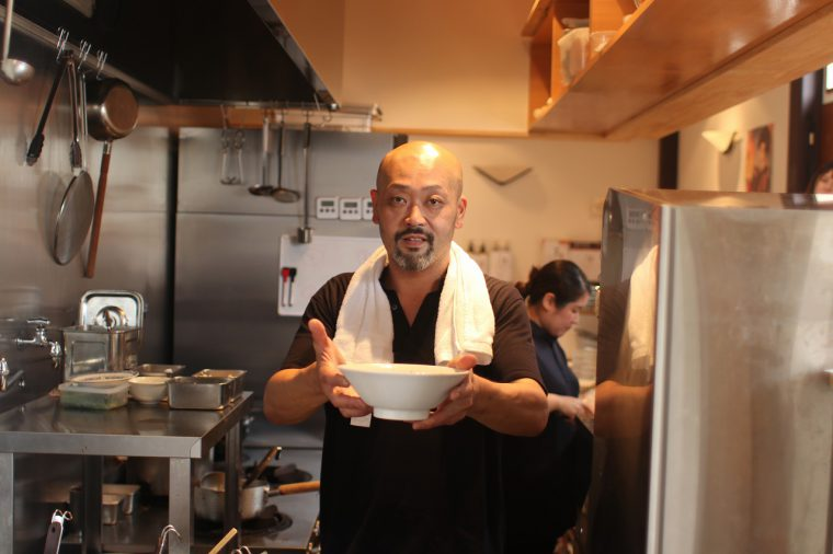 店主の斉藤さん。とても優しいお方です