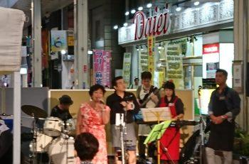 新潟市の古町通で路上イベント開催中! 8月3日(土)は音カフェ開催