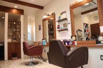 注目!秋葉区の人気美容室Laugh(ラフ)が空クジなしの抽選会など5周年特別企画を開催!