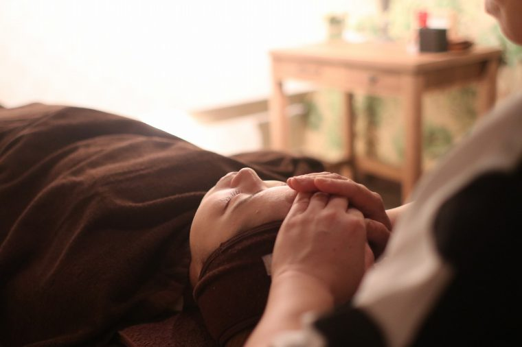 寝てしまうほど気持ちいいリラクゼーション効果も抜群のフェイシャルエステ