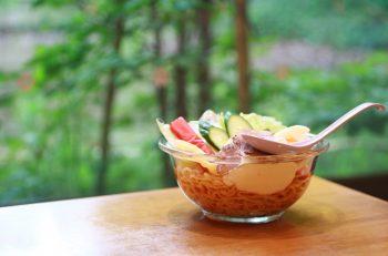 特製スープとマヨネーズのクールな二重奏! 長岡市民、夏のソウルフード。美松のレーメン