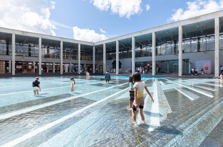 越後妻有里山現代美術館[キナーレ]で開催中の企画展 『水あそび博覧会』