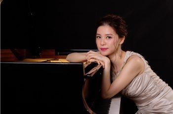 世界が注目する新星ピアニスト・細川千尋によるクリスマスライブ