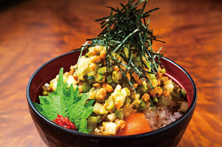 味の店 京の『南魚沼きりざい丼』(648 円)