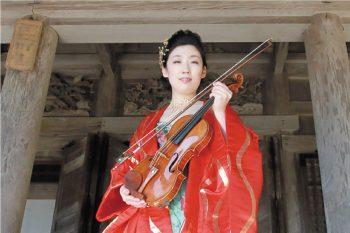 1ヶ月にわたって開催。古町7番町モールでクラシックの路上ライブ。