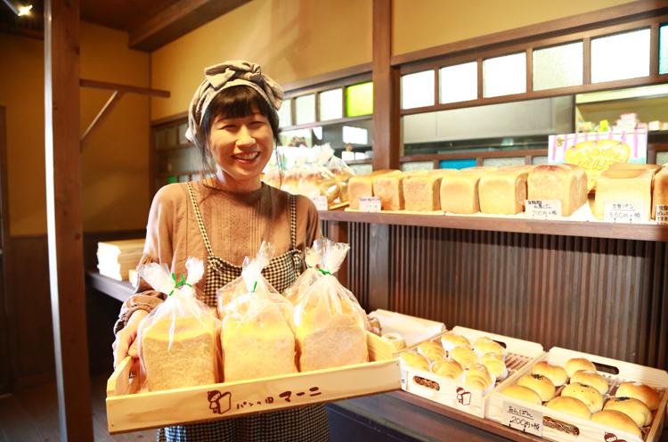 笑顔とほんわかとした雰囲気が素敵な店主・宮山さん
