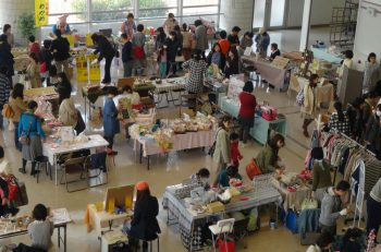 ハンドメイド作品、雑貨、食品、ワークショップなどブースいろいろ