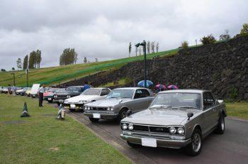100台のクラシックカーが越後丘陵公園に大集合!