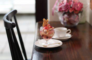 新発田駅前の癒やし系カフェは手作りのデザートが評判