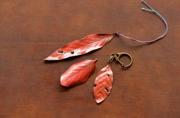 【燕市】銅板を使ってブックマークやキーホルダーを作ろう