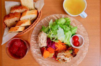 人気のデニッシュを野菜たっぷり超ヘルシーランチと|新潟市女池上山