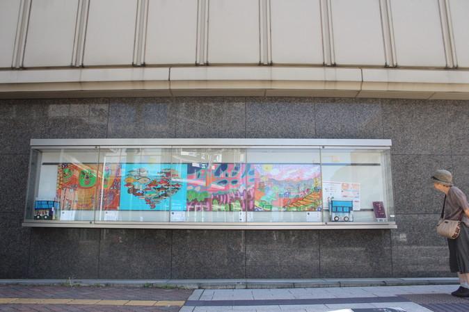 三菱UFJ銀行新潟支店ショーウインドー
