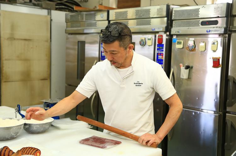 ベテランパン職人。店長の遠藤さん