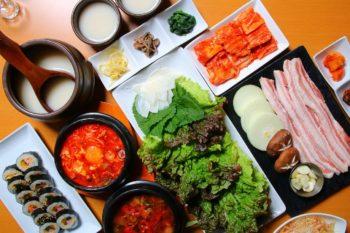 韓国料理で乾杯!メイン3種から選べるリピーター多数宴会コース!