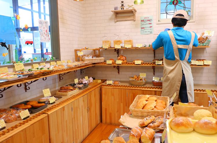 パンは全70~80種類